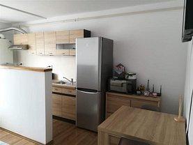 Apartament de vânzare 2 camere, în Floreşti, zona Central