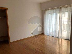 Apartament de vânzare 4 camere în Bucuresti, Polona