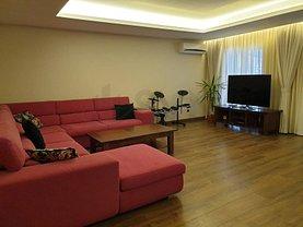 Casa de vânzare 4 camere, în Ştefăneştii de Jos, zona Nord