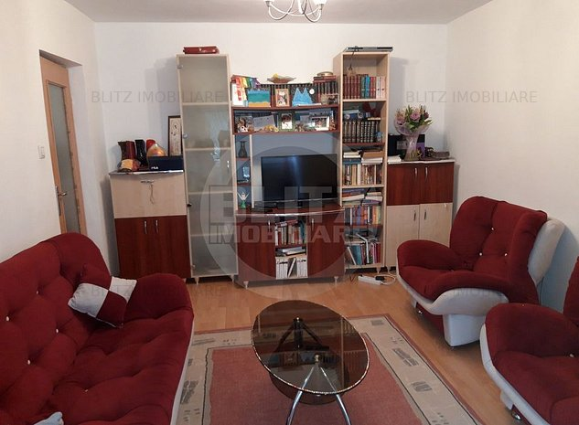 Apartament cu trei camere in zona Judetean - imaginea 1