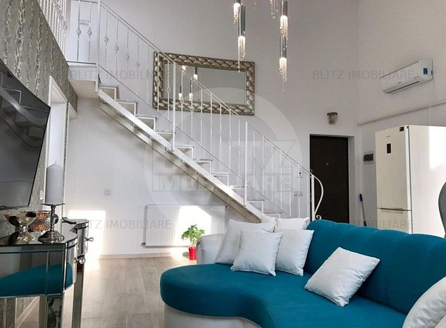Apartament deosebit, cu scara interioara , zona Coresi - imaginea 1