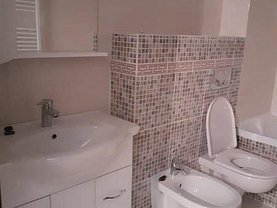 Apartament de închiriat 3 camere, în Iaşi, zona Popas Păcurari