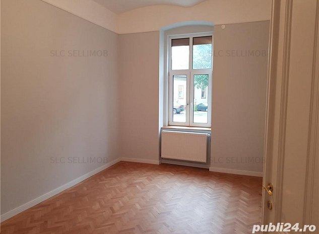 Vand apartament 2 camere Piata Maria - imaginea 1