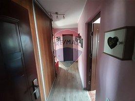 Apartament de vânzare 2 camere, în Ramnicu Valcea, zona Central