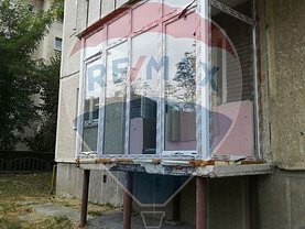 Apartament de vânzare 3 camere, în Ramnicu Valcea, zona Republicii