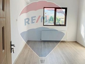 Apartament de vânzare 2 camere, în Ramnicu Valcea, zona Agrement Ostroveni