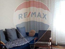 Apartament de vânzare 4 camere, în Râmnicu Vâlcea, zona Traian
