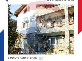 Casa de vânzare 5 camere, în Râmnicu Vâlcea, zona Troianu