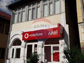 Casa de vânzare 5 camere, în Călimăneşti, zona Central