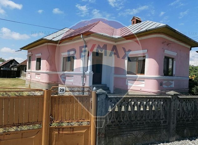 Casa in Babeni cu 4 camere | Gospodarie | 50.000 Euro | Comision 0% | - imaginea 1