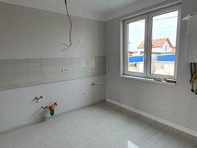 Casa de vânzare sau de închiriat 3 camere, în Săcălaz