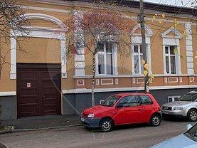 Casa de vânzare sau de închiriat 5 camere, în Satu Mare, zona Semicentral