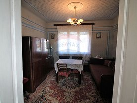 Casa de vânzare 4 camere, în Oradea, zona Iosia-Nord