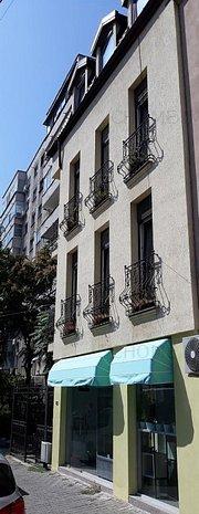 OPORTUNITATE INVESTITIE!!!  Bloc/Vila, P-ta Victoriei - imaginea 1