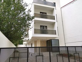 Apartament de vânzare 4 camere, în Bucureşti, zona Doamna Ghica