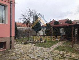Casa de închiriat 5 camere, în Oradea, zona Ultracentral