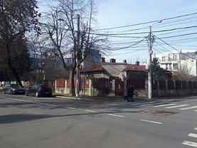 Casa de vânzare 10 camere, în Bucureşti, zona Bucureştii Noi