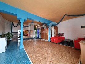 Casa de închiriat 7 camere, în Sibiu, zona Trei Stejari