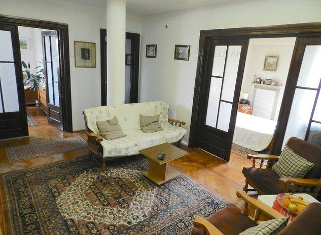 Vanzare Apartament 5 camere zona Armeneasca - imaginea 1