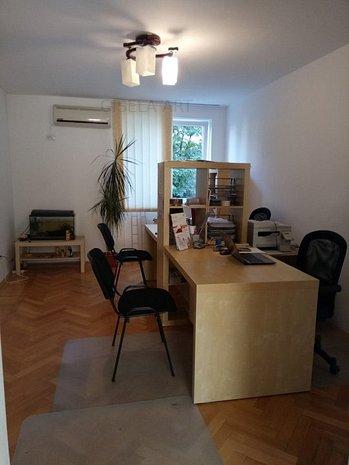 Inchiriere Apartament 3 camere zona Parcul Circului - imaginea 1