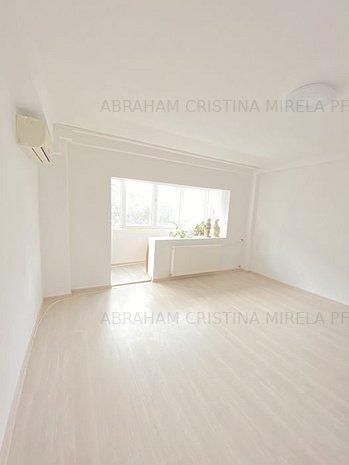 Vanzare apartament 2 camere decomandat, Vitan Mall - imaginea 1