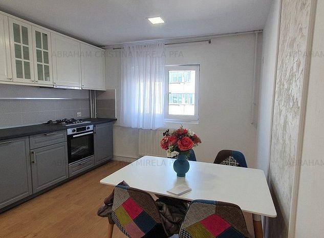 Vanzare apartament 3 camere confort sporit, Vitan Mall - imaginea 1
