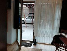Casa de închiriat o cameră, în Bucureşti, zona P-ţa Universităţii