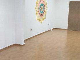 Casa de închiriat 3 camere, în Constanta, zona Gara