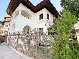 Casa de închiriat 10 camere, în Bucureşti, zona P-ţa Romană