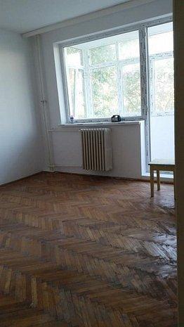 Apartament 2 camere, situat la A-uri, Str. I.L.C - imaginea 1