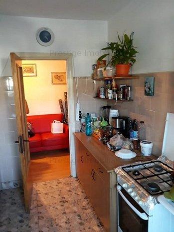 Apartament 2 camere, situat pe Str. Victoriei, PARTER - imaginea 1