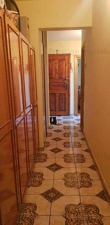 Apartament 3 camere, situat in Cartier E3, etajul 1 - imaginea 1