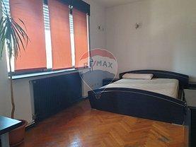 Apartament de vânzare 4 camere, în Bucureşti, zona P-ţa Sfânta Vineri