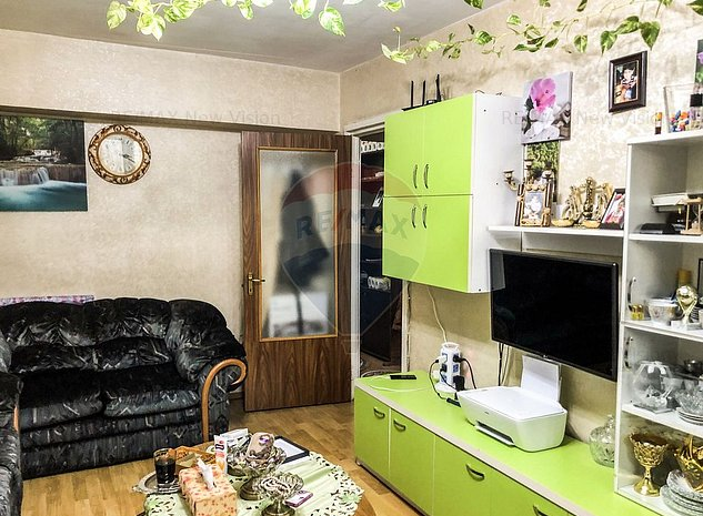 Apartament cu 4 camere de vanzare in zona Colentina 0% COMISION - imaginea 1