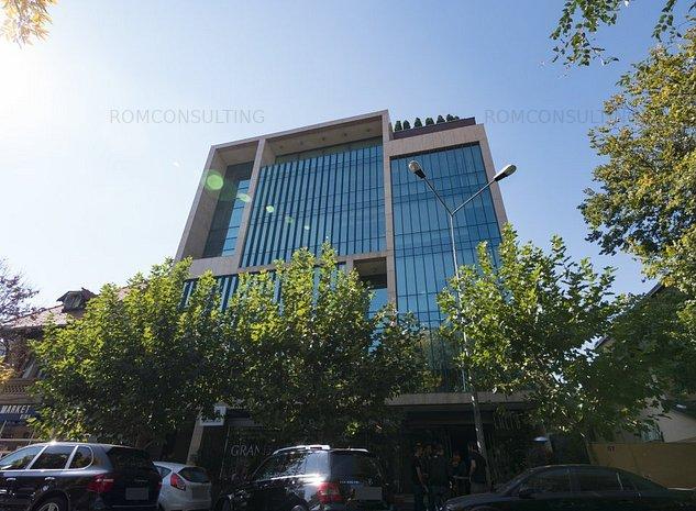 Proprietar vand cladire de birouri situata pe Calea Floreasca 55 - imaginea 1