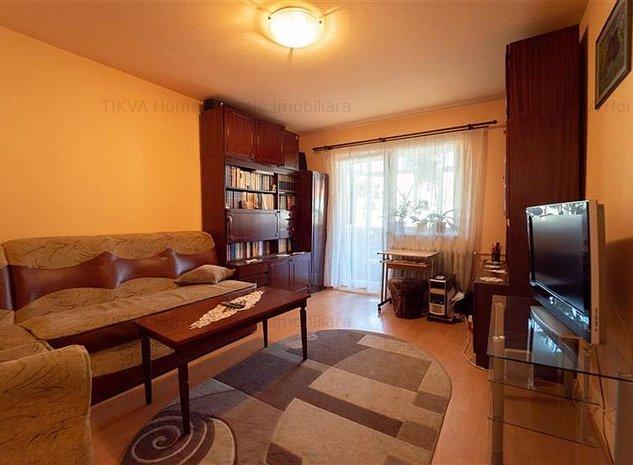 Apartament cu 3 camere in Bucin - imaginea 1