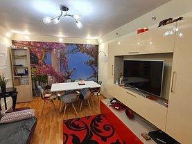 Apartament de vânzare 4 camere, în Ploieşti, zona Malu Roşu