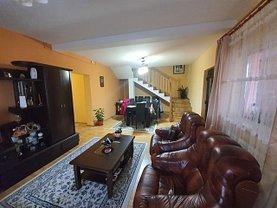 Casa de vânzare 5 camere, în Câmpina, zona Muşcel