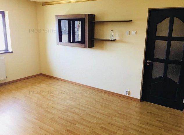 Apartament cu 3 camere de vanzare zona Colentina - imaginea 1