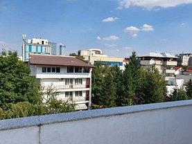 Casa de vânzare 5 camere, în Bucureşti, zona Herăstrău