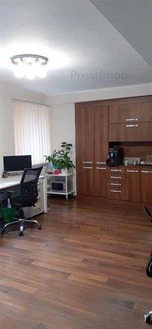 De inchiriat: spatiu pentru birouri, cu 2 camere, ultracentral! - imaginea 1