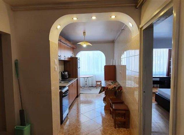 De inchiriat apartament 3 camere,7 Noiembrie,Targu Mures - imaginea 1