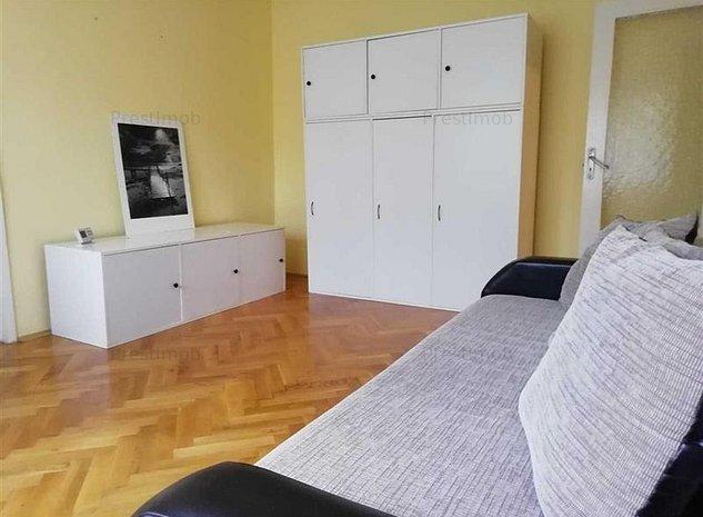 De inchiriat: apartament cu 3 camere, in cartierul 7 Noiembrie! - imaginea 1