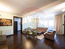 Apartament de vânzare sau de închiriat 3 camere, în Arad, zona Central