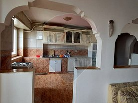 Apartament de închiriat 4 camere, în Arad, zona Fortuna