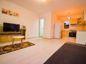 Apartament de închiriat 3 camere, în Iaşi, zona Podul de Piatră