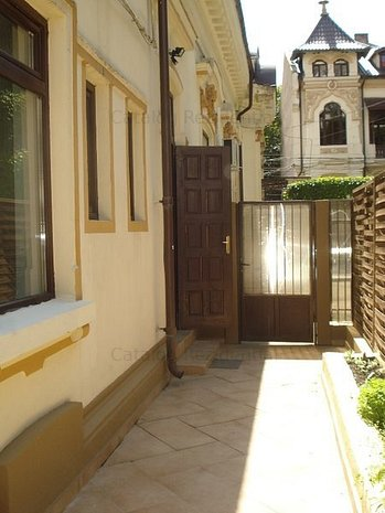 Casa de inchiriat in zona Romana - Victoriei - imaginea 1