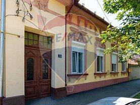 Casa de vânzare 4 camere, în Timişoara, zona Lunei