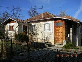 Casa de vânzare 3 camere, în Comarnic