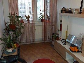 Apartament de vânzare 3 camere, în Bucureşti, zona Ghencea